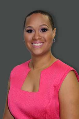 rhonda-lee-with-her-natural-hair