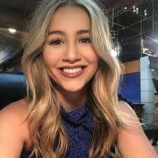 Lauren Chauvin
